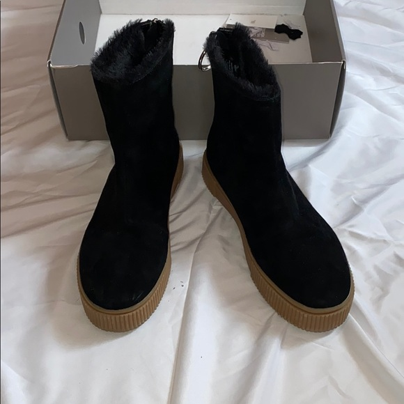 H M Premium Quality Suede Ankle Boots